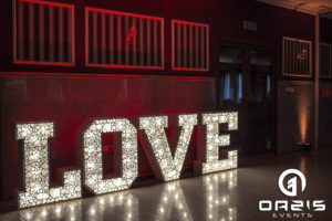 Napis Love na wesele Lubin świecące literki