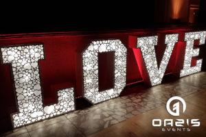 Ażurowe LOVE napis LOVE Klub nauczyciela w Legnicy